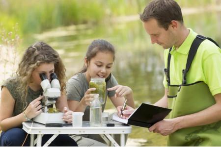 Решаем олимпиадные задачи: более 180 человек собрала школа для учителей биологии в Мытищах