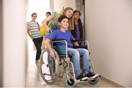 Вопросы обучения детей с детей с ограниченными возможностями здоровья обсудили в Ставрополе