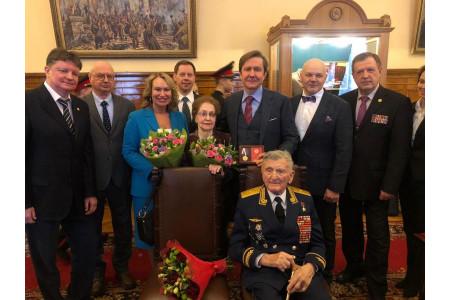 Владимир Узун принял участие в церемонии посвящения в кадеты учеников московской школы