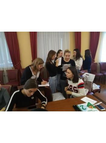 Будущие участники московского чемпионата WorldSkills Russia познакомились с особенностями преподавания в начальной школе