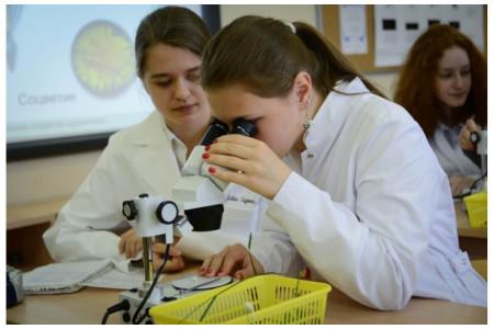 В Москве продолжается реализация проекта «Академический класс»
