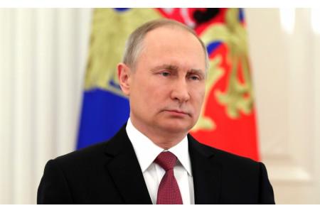 Владимир Путин поздравил педагогов с Днем учителя