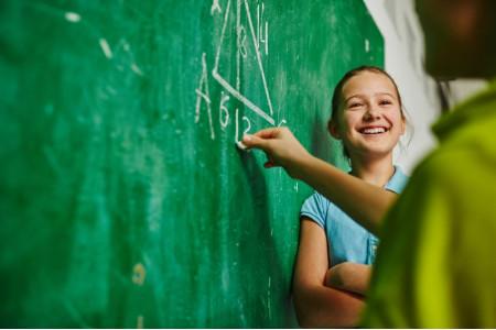 Москва заняла пятое место в мире по среднему уровню знаний школьников