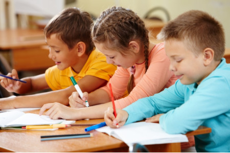 Школьники Москвы занимают 6 место в мире по математической и читательской грамотности – Собянин