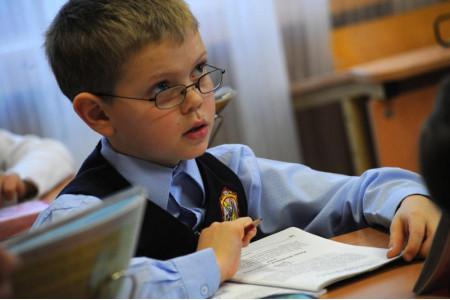 Рособрнадзор назовет школы, где ситуация с объективностью проведения ВПР не улучшится – Кравцов